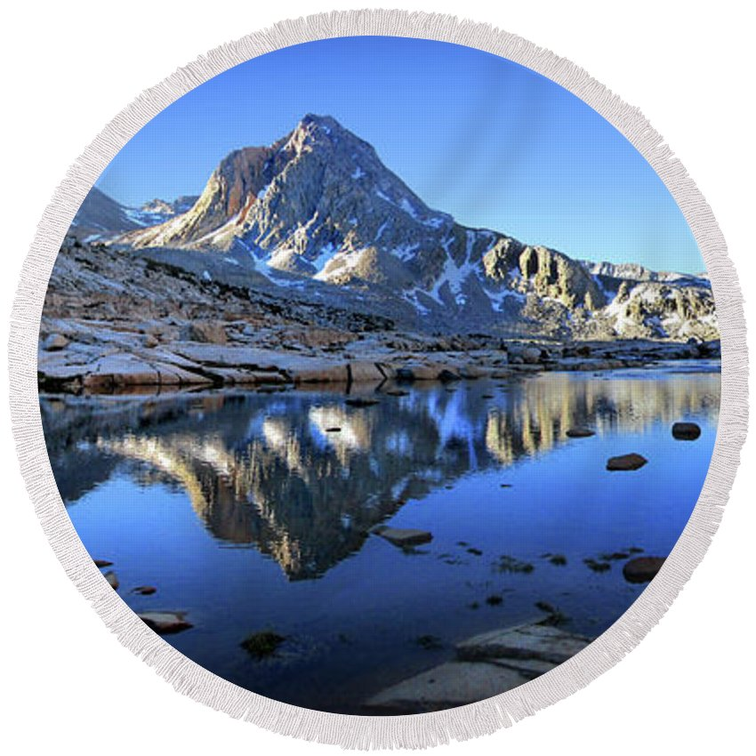 Sierra Round Beach Towel featuring the photograph Mt Huxley Over Saphire Lake Morning - John Muir Trail by Bruce Lemons