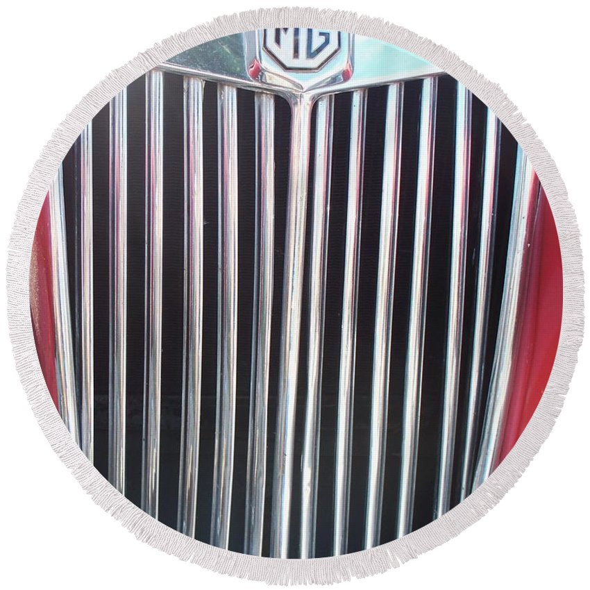 Mg Round Beach Towel featuring the painting Mtg Chrome Grill by Eric Schiabor