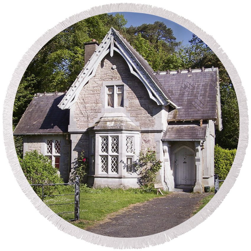 Irish Round Beach Towel featuring the photograph Muckross Cottage Killarney Ireland by Teresa Mucha
