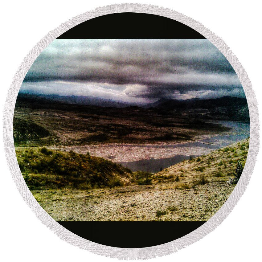My. Saint Helens Round Beach Towel featuring the photograph Mud Flow To Spirit Lake Color by Melissa Coffield