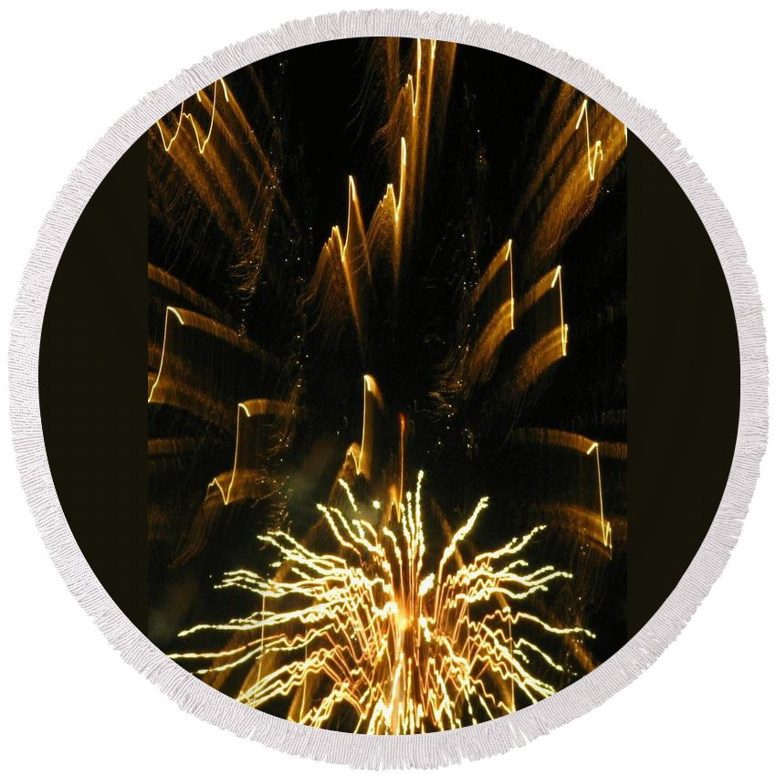 Fireworks Round Beach Towel featuring the photograph Music To My Eyes by Rhonda Barrett