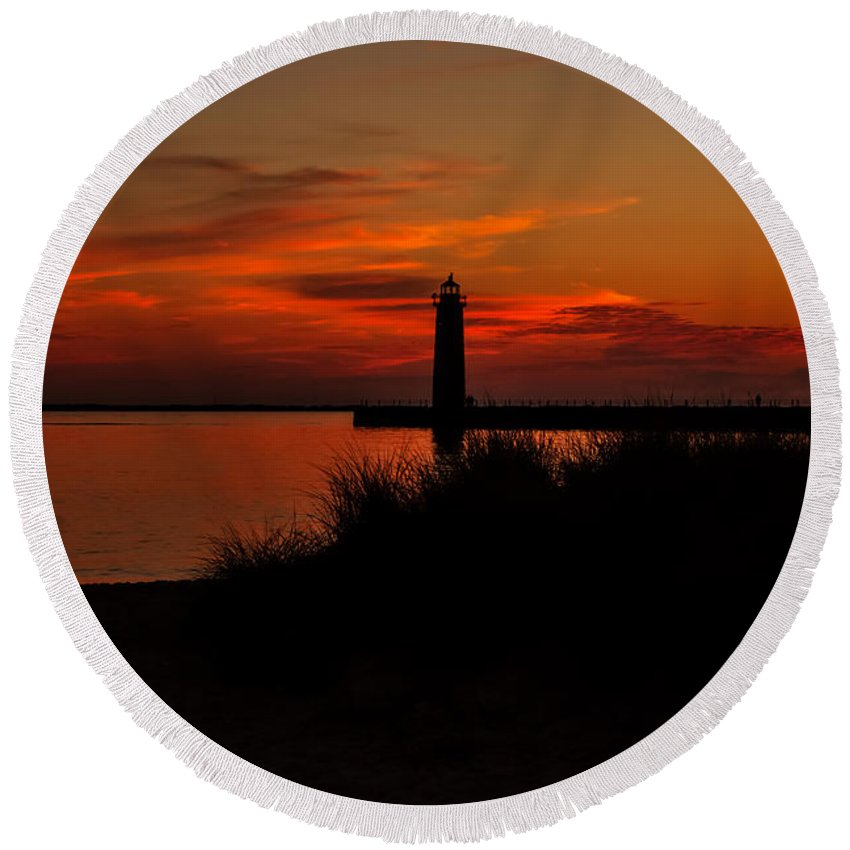Muskegon Round Beach Towel featuring the photograph Muskegon Sunset by Emily Kay