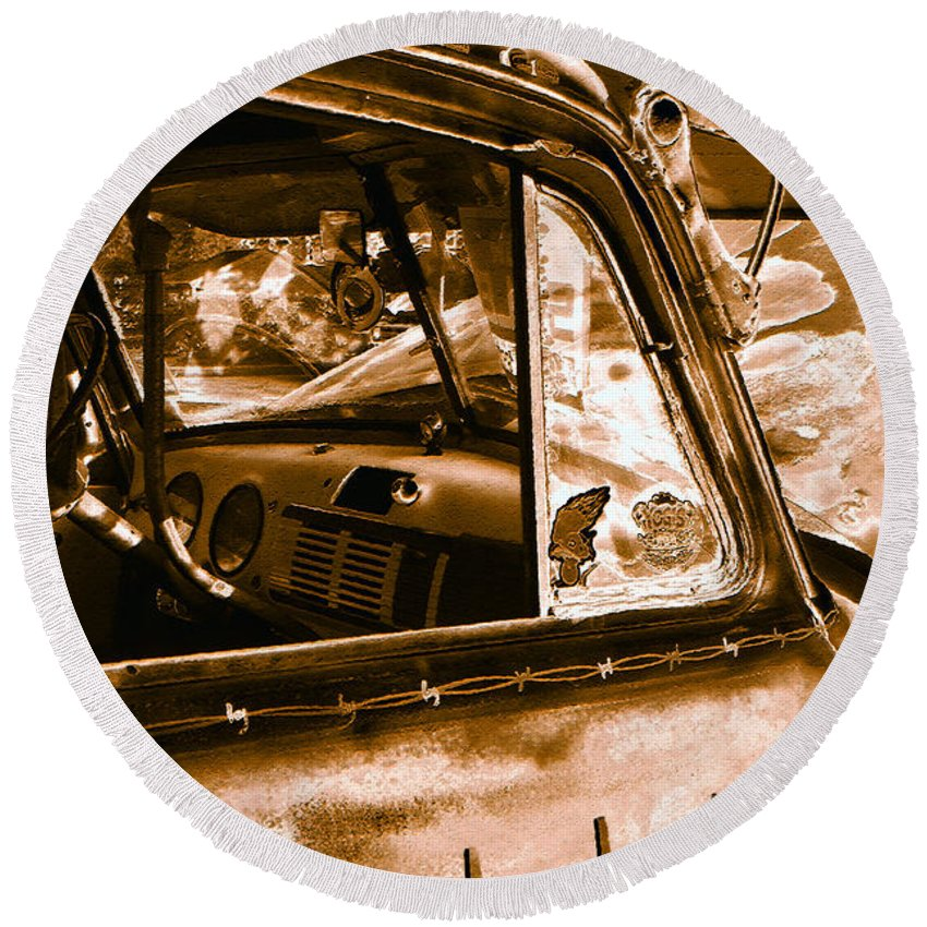 Art Round Beach Towel featuring the photograph My Old Chevy Truck by David Lee Thompson