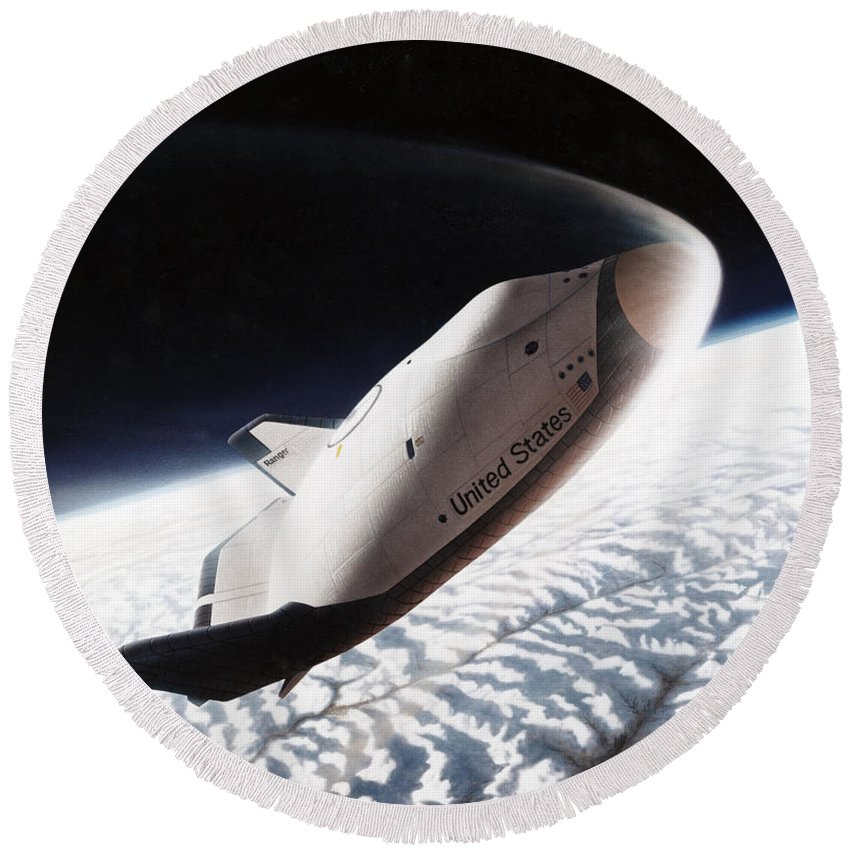 1996 Round Beach Towel featuring the photograph Nasa: Crew Return Vehicle by Granger