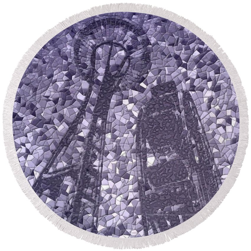 Seattle Round Beach Towel featuring the photograph Needle And Ferris Wheel Mosaic by Tim Allen