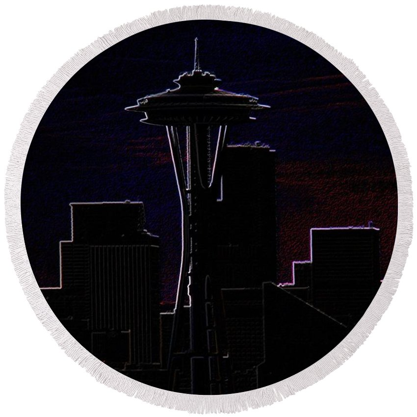 Seattle Round Beach Towel featuring the photograph Needle From Kerry Park 2 by Tim Allen
