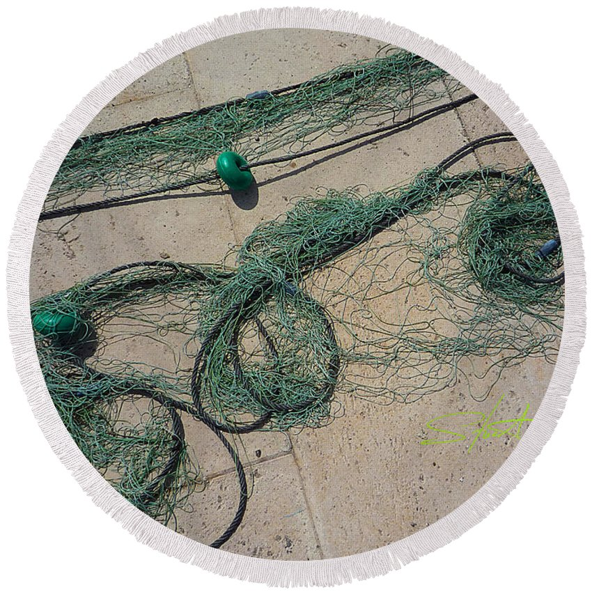 Fishing Net Round Beach Towel featuring the photograph Neptune Green by Charles Stuart