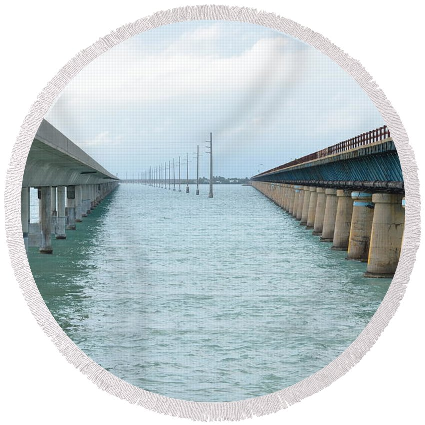 Seven Mile Bridge Round Beach Towel featuring the photograph New And Old by Tammy Mutka