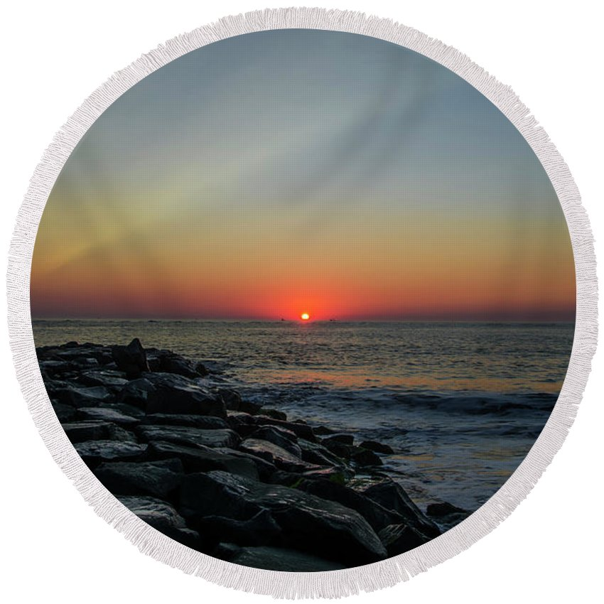 New Round Beach Towel featuring the photograph New Jersey Shore - Townsends Inlet by Bill Cannon