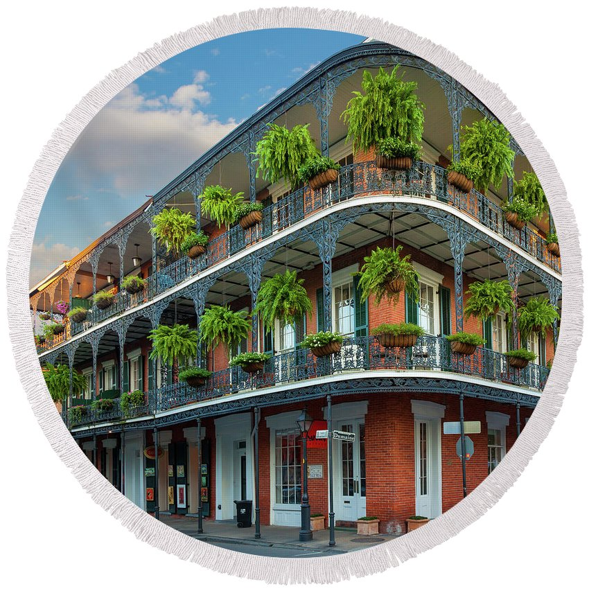 America Round Beach Towel featuring the photograph New Orleans House by Inge Johnsson