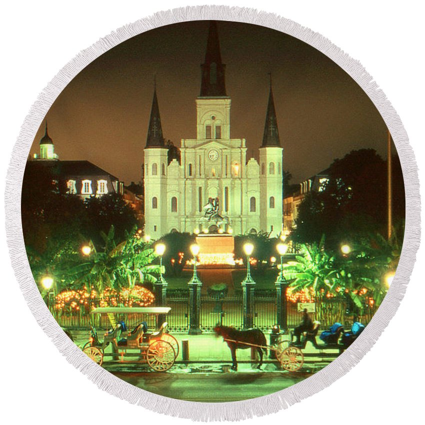 New+orleans Round Beach Towel featuring the photograph New Orleans Night Photo - Saint Louis Cathedral by Peter Potter