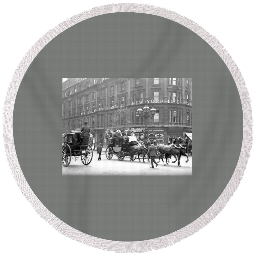 New York Ny City Horse Men Man Building Vintage 1898 Street Round Beach Towel featuring the photograph New York 1898 by Steve K