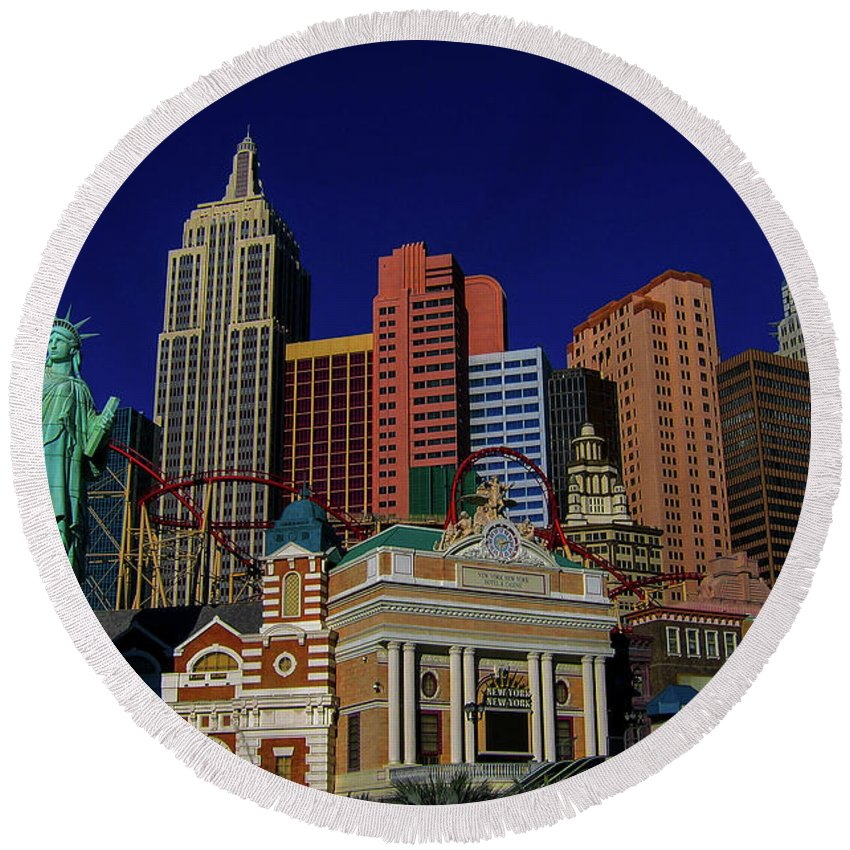 2014 Round Beach Towel featuring the photograph New York Casino At Night by Tommy Anderson