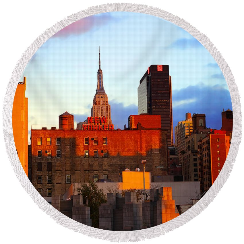 New York City Round Beach Towel featuring the photograph New York City Skyline Sunset by Rich Walter