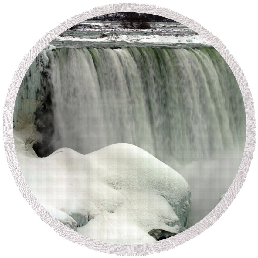 Landscape Round Beach Towel featuring the photograph Niagara Falls 3 by Anthony Jones