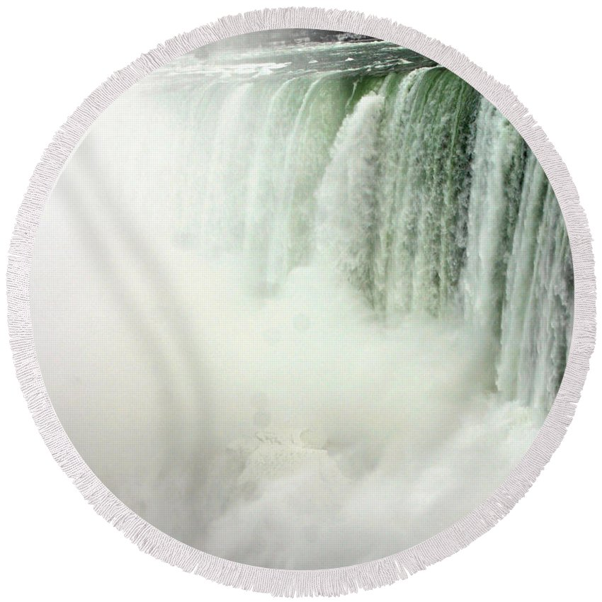 Landscape Round Beach Towel featuring the photograph Niagara Falls 4 by Anthony Jones