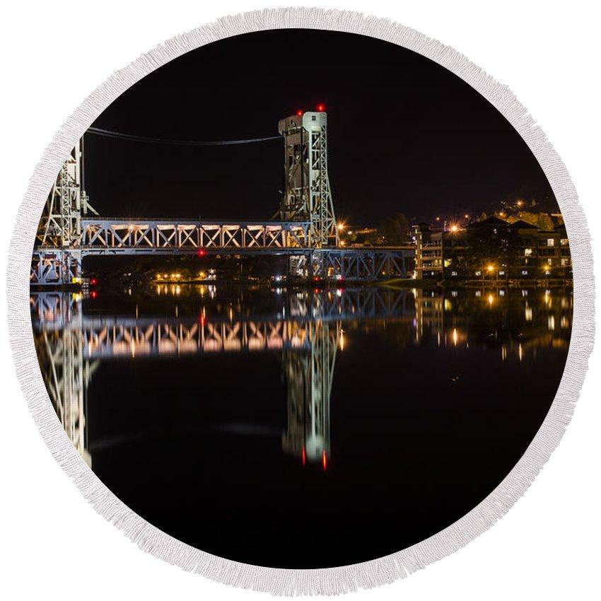 Portage Lake Lift Bridge Round Beach Towel featuring the photograph Night Bridge by Steve L'Italien