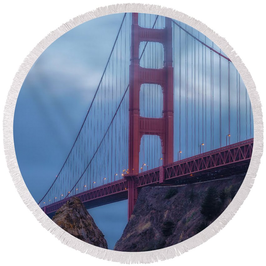 City Round Beach Towel featuring the photograph Nightfall Over Golden Gate by Jonathan Nguyen