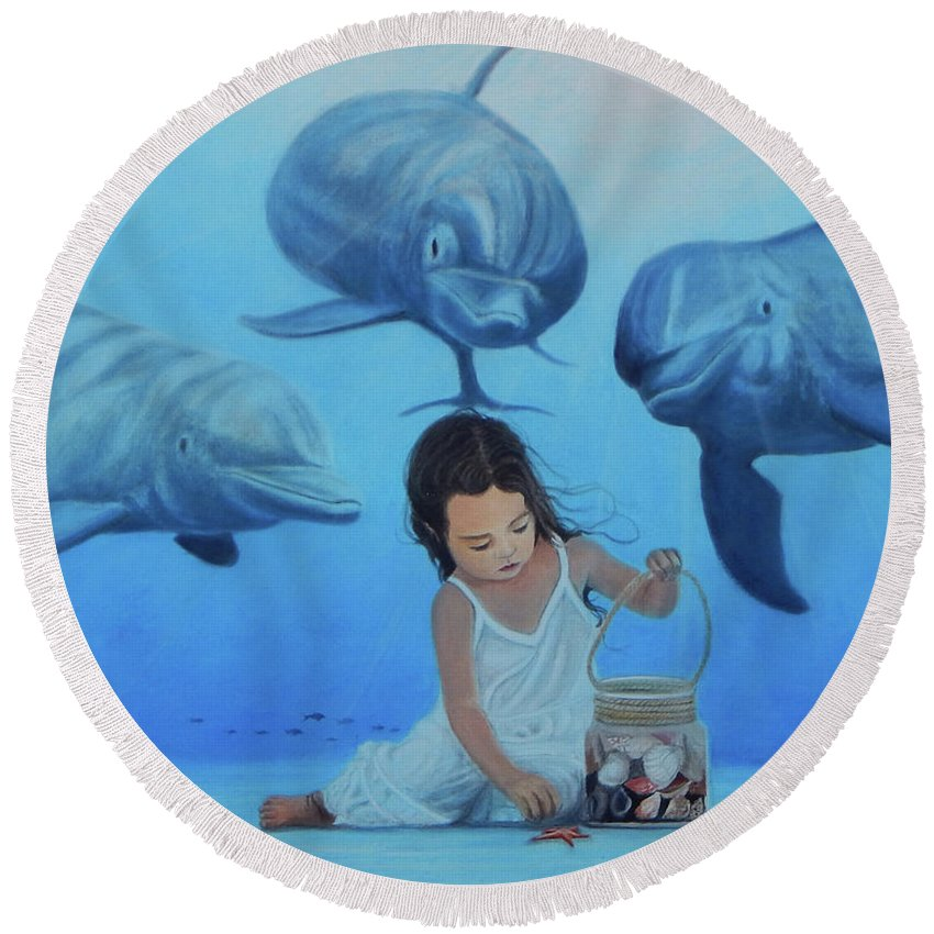 Seascape Round Beach Towel featuring the painting Ninia Del Mar by Angel Ortiz