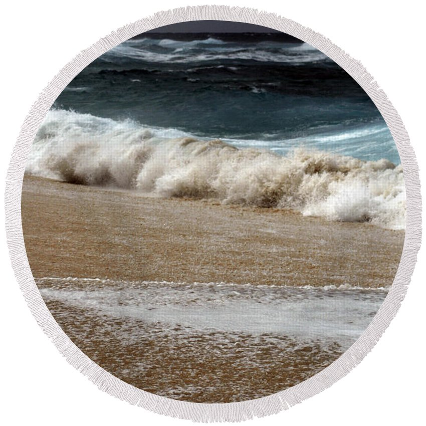 Round Beach Towel featuring the photograph North Beach, Oahu V by Kenneth Campbell