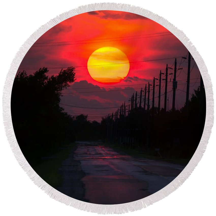 Sunset Round Beach Towel featuring the photograph North Talbot Sunset by Cale Best