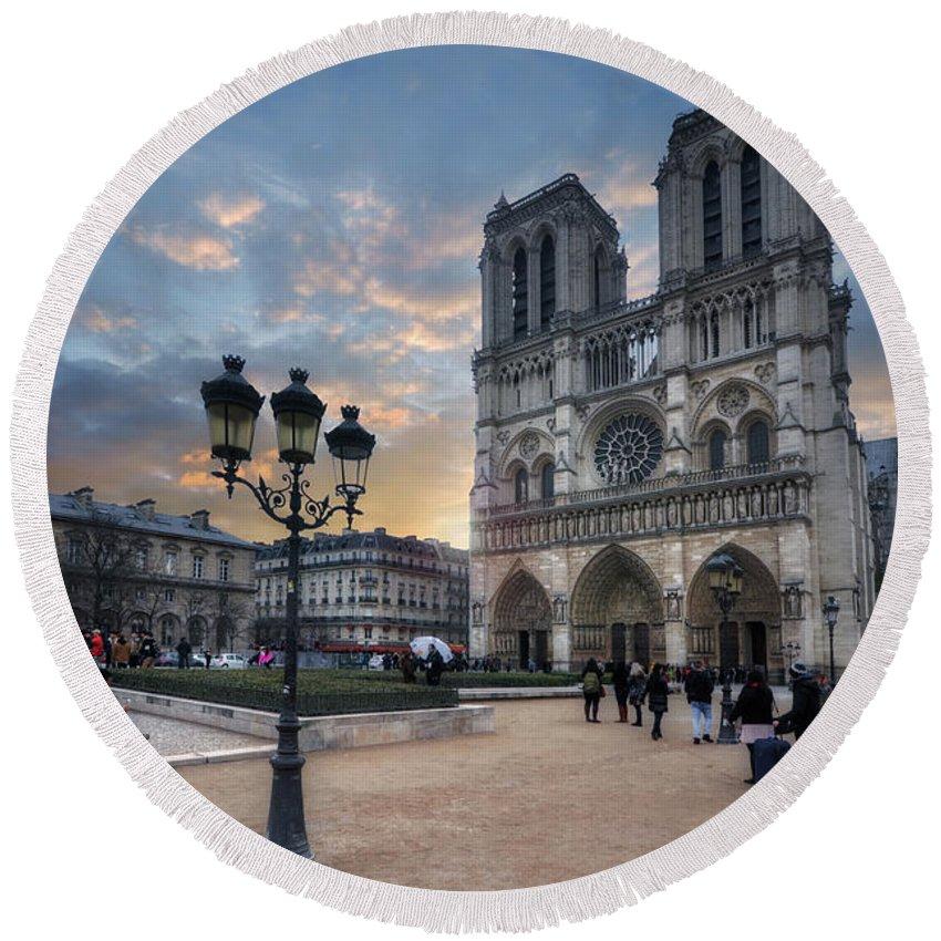 Yhun Suarez Art Round Beach Towel featuring the photograph Notre Dame Cathedral Paris 2.0 by Yhun Suarez