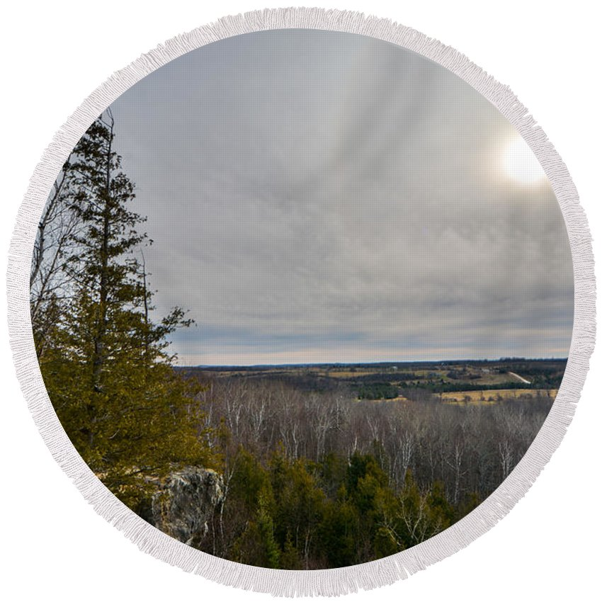 Landscape Round Beach Towel featuring the photograph Nottawasaga Bluffs Lookout by Richard Kitchen