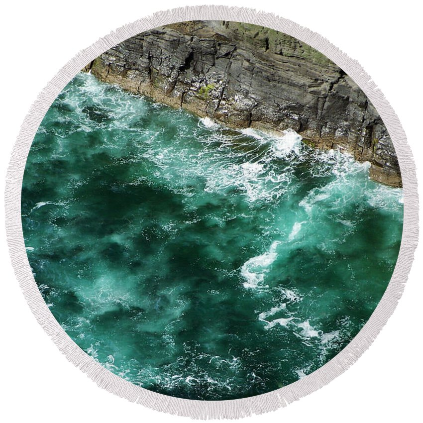 Irish Round Beach Towel featuring the photograph Nowhere To Go Cliffs Of Moher Ireland by Teresa Mucha