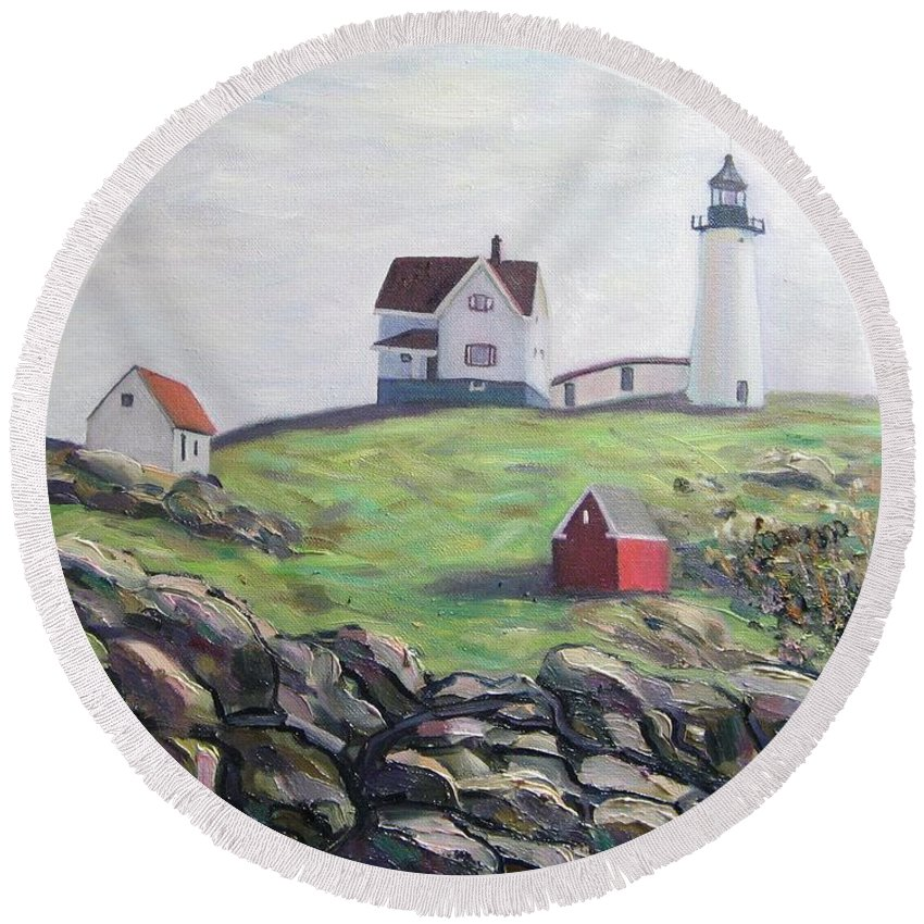 Maine Round Beach Towel featuring the painting Nubble Light House by Richard Nowak