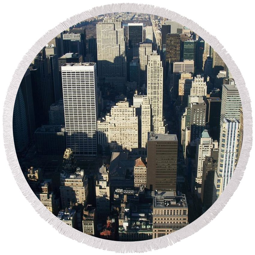 Nyc Round Beach Towel featuring the photograph Nyc 5 by Anita Burgermeister