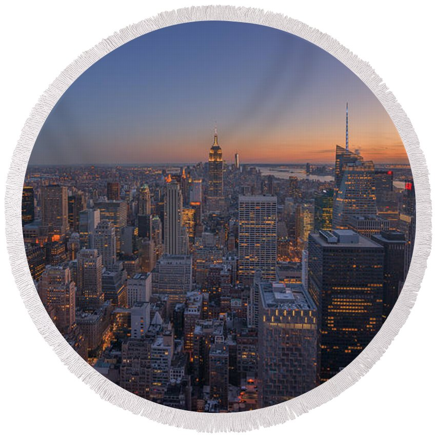 Nyc Sunset Round Beach Towel featuring the photograph Nyc Sunset by Michael Ver Sprill