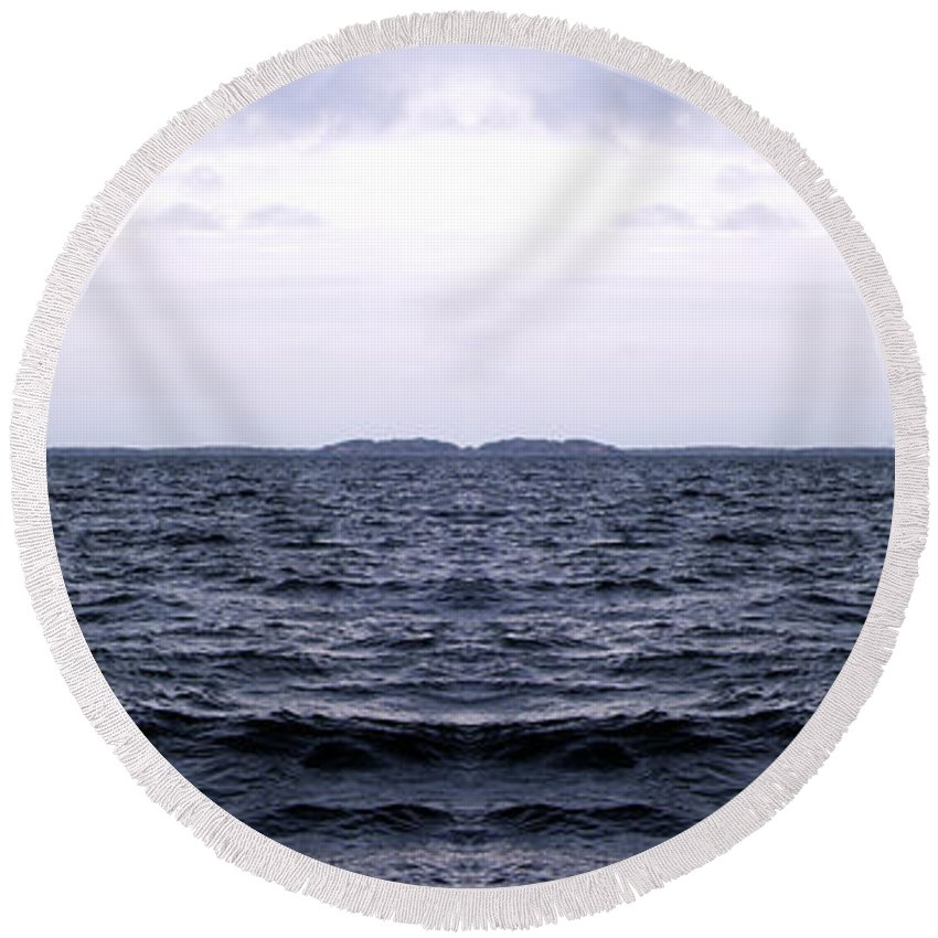 Ocean Round Beach Towel featuring the photograph Ocean Double by Are Lund