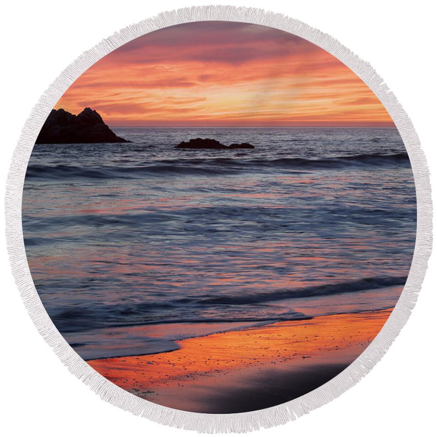 Pacific Ocean Round Beach Towel featuring the photograph Ocean Sky Awash In Color by Sharon Foelz