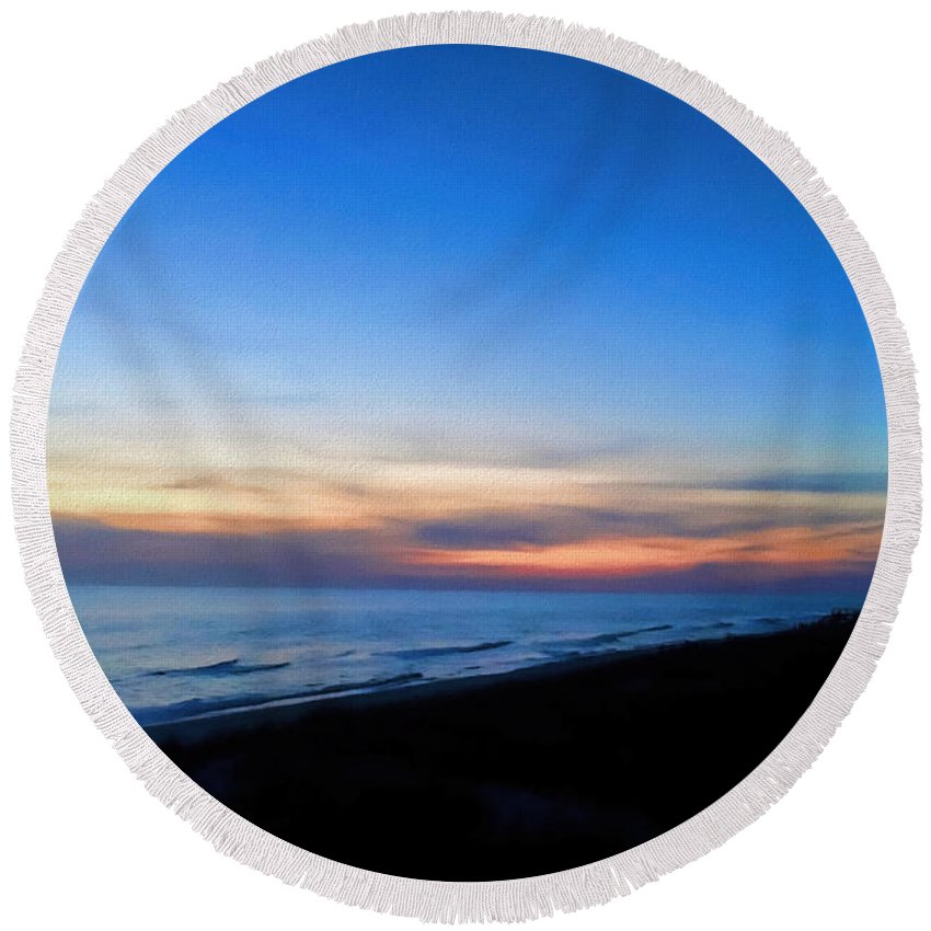 Sunset Round Beach Towel featuring the photograph Ocean View Of Sunset On The Beach At Cape San Blas, Florida by WildBird Photographs