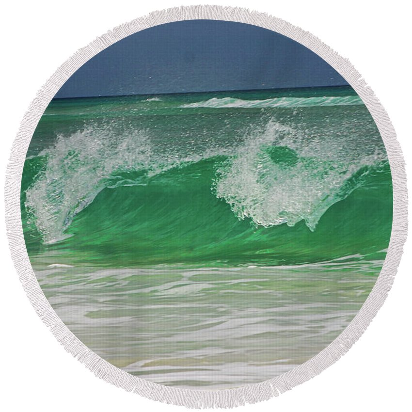 Ocean Round Beach Towel featuring the photograph Ocean Wave 2 by Kenneth Christenson