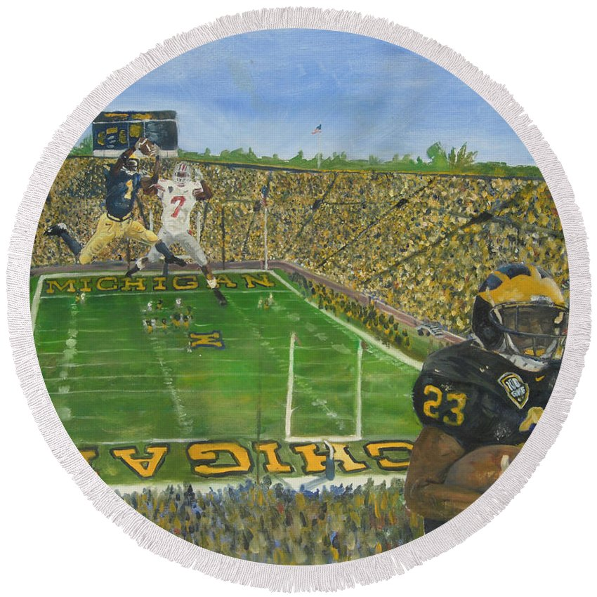 Michigan Round Beach Towel featuring the painting Ohio State Vs. Michigan 100th Game by Travis Day