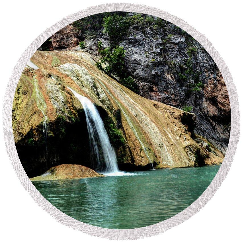 Turner Falls Round Beach Towel featuring the photograph Oklahoma's Turner Falls by Michael Ciskowski