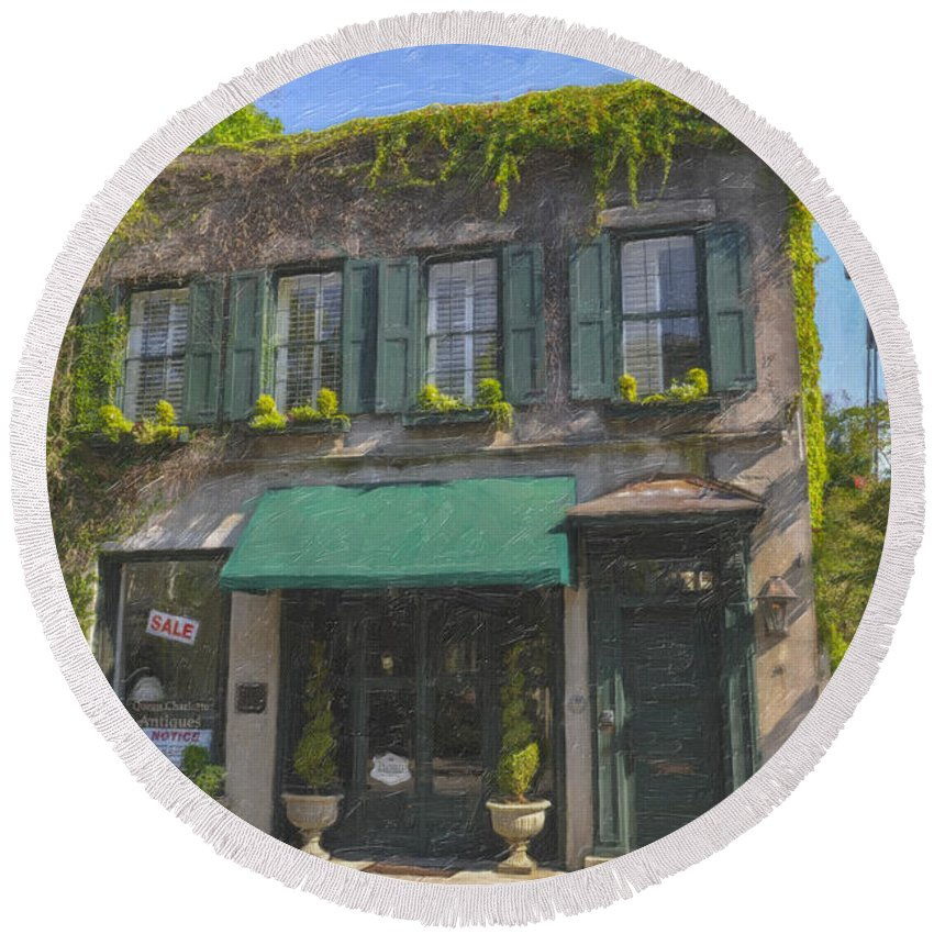 61 Queen Street Round Beach Towel featuring the photograph Old Charleston Gardens On 61 Queen Street by Dale Powell