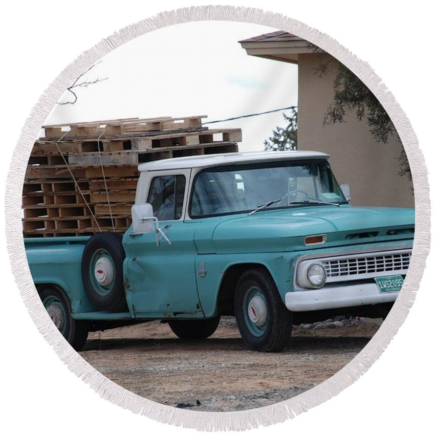 Old Truck Round Beach Towel featuring the photograph Old Chevy by Rob Hans