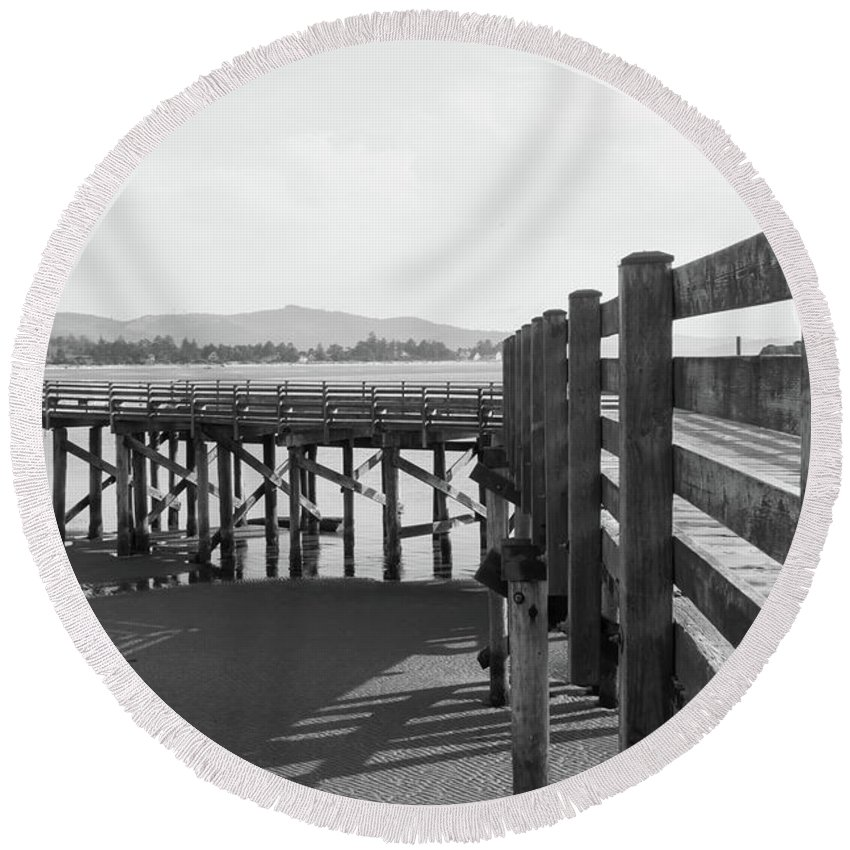 Old Dock Round Beach Towel featuring the photograph Old Dock by Dave Hill