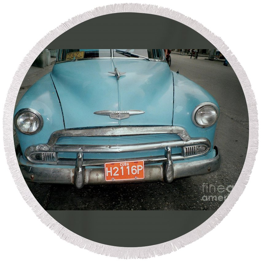 Taxi Round Beach Towel featuring the photograph Old Havana Cab by Quin Sweetman