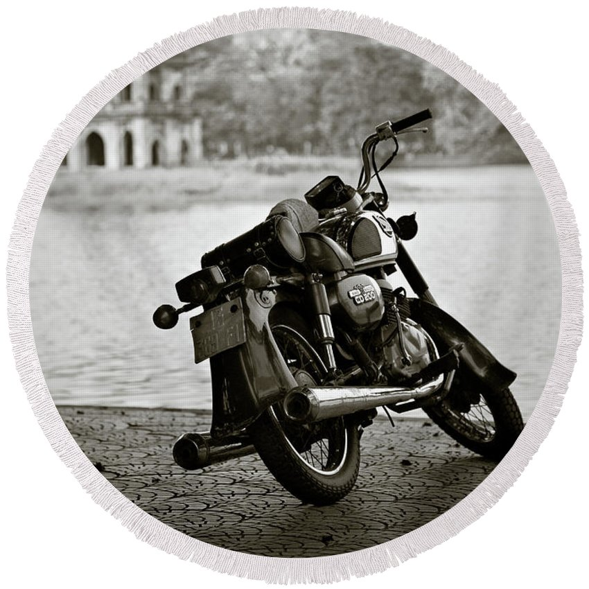 Honda Round Beach Towel featuring the photograph Old Honda In Hanoi by Dave Bowman