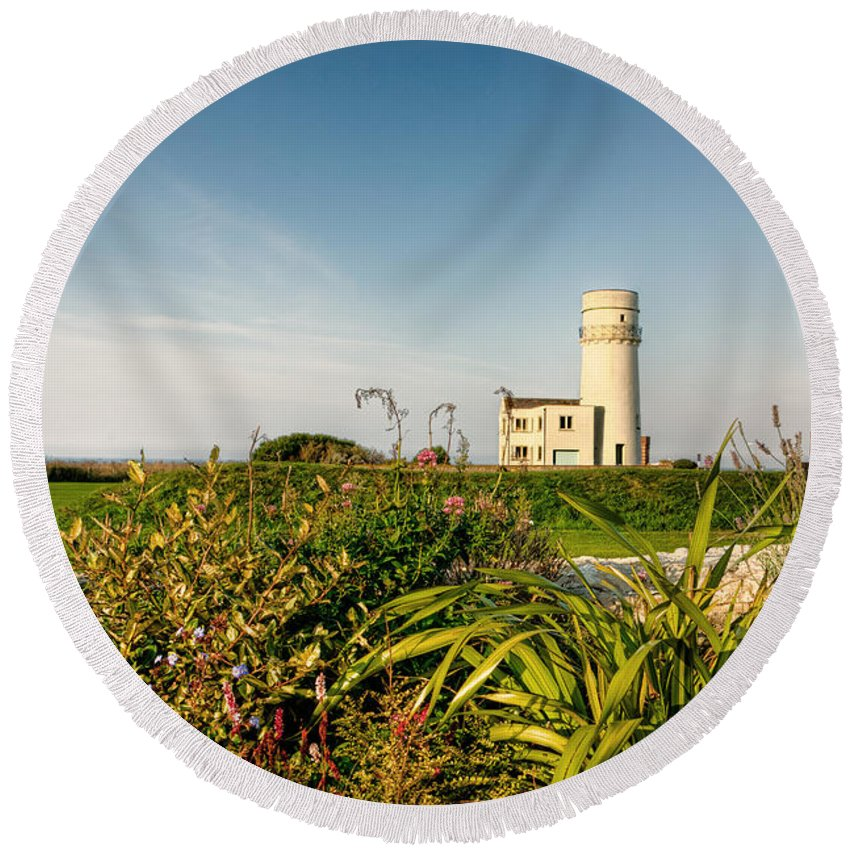 Lighthouse Round Beach Towel featuring the photograph Old Hunstanton Lighthouse North Norfolk Uk by John Edwards
