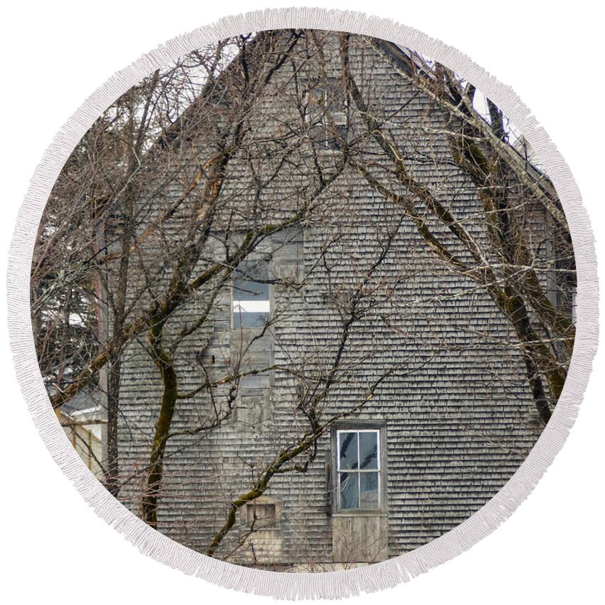 Mill Round Beach Towel featuring the photograph Old Mill Building by William Tasker