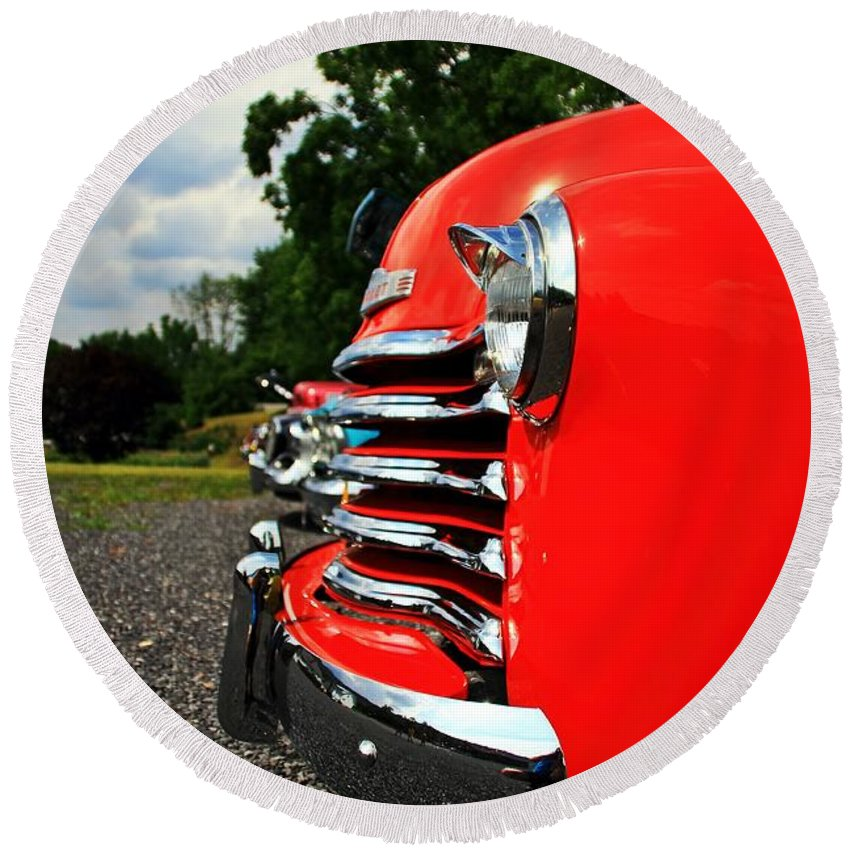 Cars Round Beach Towel featuring the photograph Old Truck Grille by Karl Rose