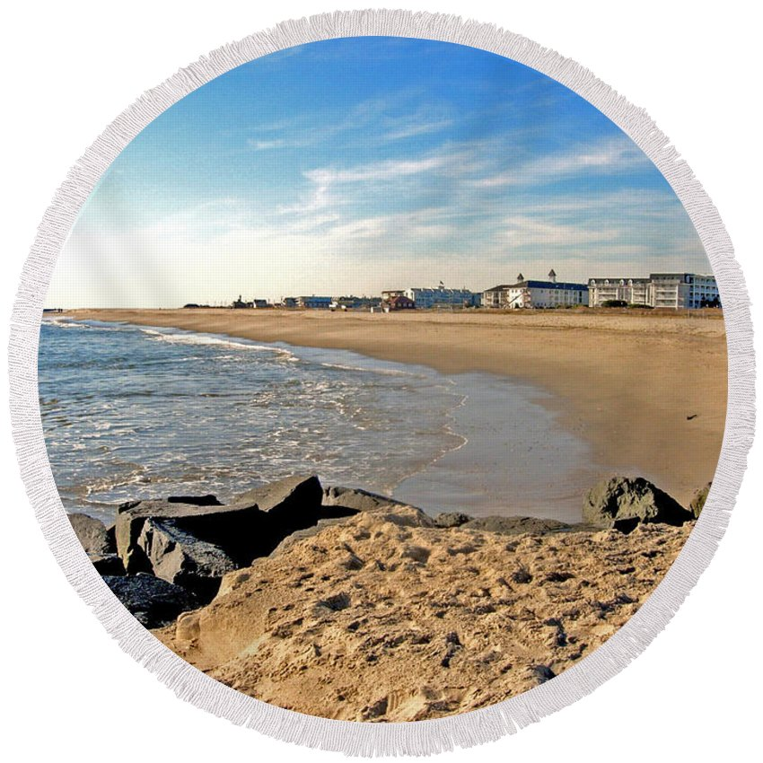 Cape May Round Beach Towel featuring the photograph On The Beach by Terrie Stickle