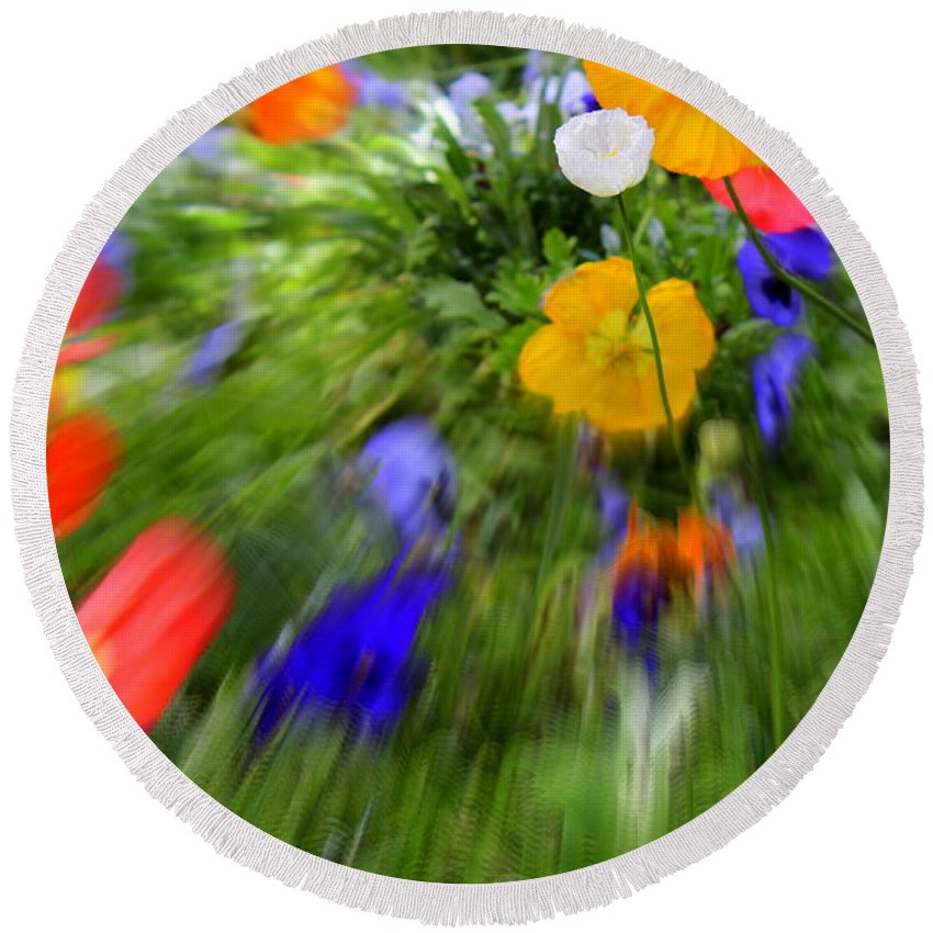 Flower Round Beach Towel featuring the photograph One Beautiful White Flower by Fiona Kennard