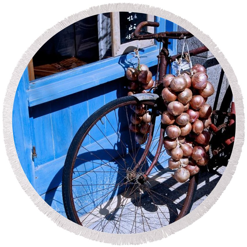 Bycicle Round Beach Towel featuring the photograph Onion Johnnies by Eric Tressler