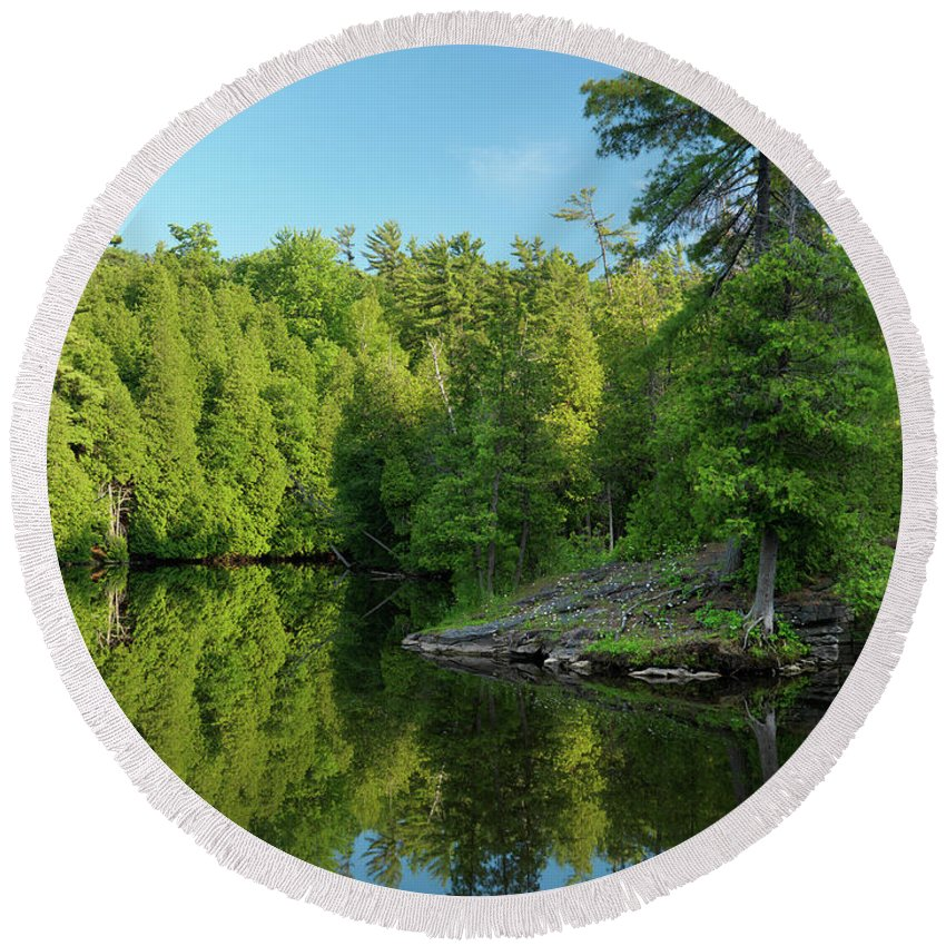 River Round Beach Towel featuring the photograph Ontario Nature Scenery by Maxim Images Prints