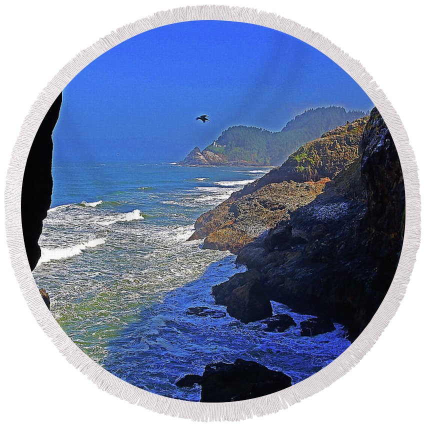 Oregon Round Beach Towel featuring the photograph Oregon Coast From Sea Lion Caves by Rich Walter